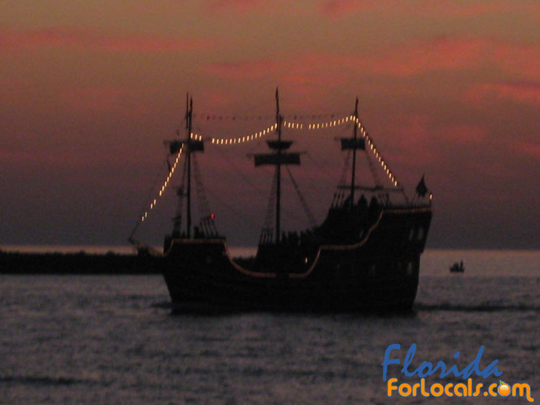 The Pirates Ransom sails along the Clearwater Beach shoreline